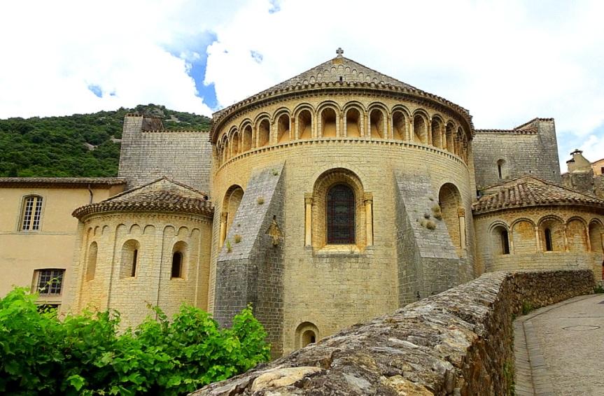 Saint-Guilhem-le-Désert et les Gorges del'Hérault