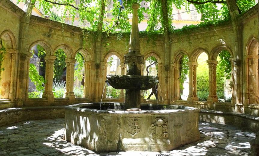 Découvrez l'Abbaye de Valmagne, la cathédrale desvignes